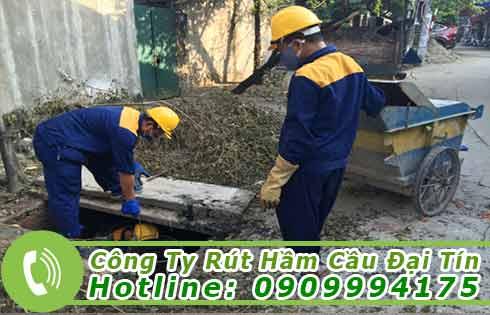 Dịch vụ nạo vét bùn cống giá rẻ Đại Tín.